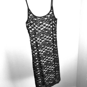 Morgan de toi black lace cocktail dress size 4
